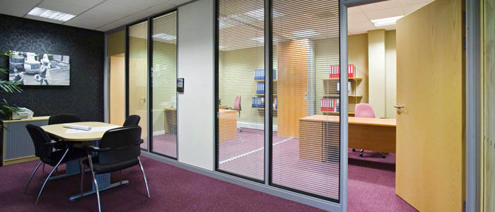 We can provide partition solutions, which provide very high levels of sound insulation. Designed for use in apartments, offices, hotels, schools, hospitals, recreational complexes, shops, and conference centres with high acoustic requirements, in situations where space is at a premium.